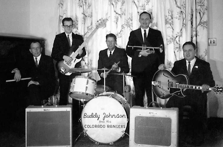 Band 1966 1224 suits