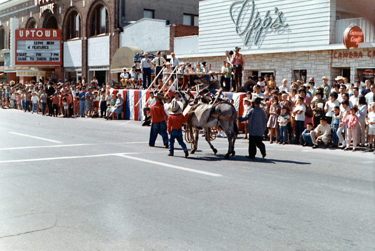 CSF 1967 Buddy Kids Parade CLR